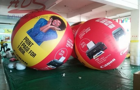 Helium balloon aerial advertisement 06